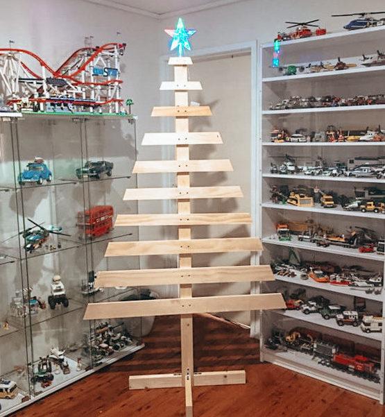 timber christmas tree